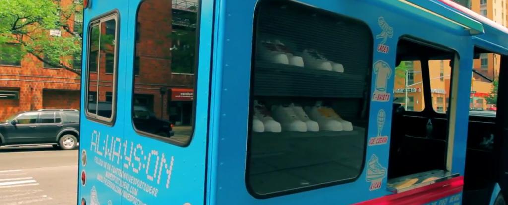 nike un camion de glace ambulant en guise de boutique llllitl. Black Bedroom Furniture Sets. Home Design Ideas