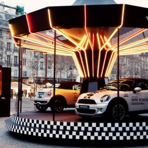 MINI : un tour de manège à bord de la nouvelle Roadster à Paris !