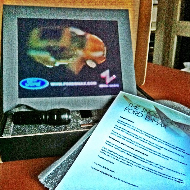 llllitl-ford-bmax-hologram-hologramme-digital-3D-peerindex-zebra-imaging-1