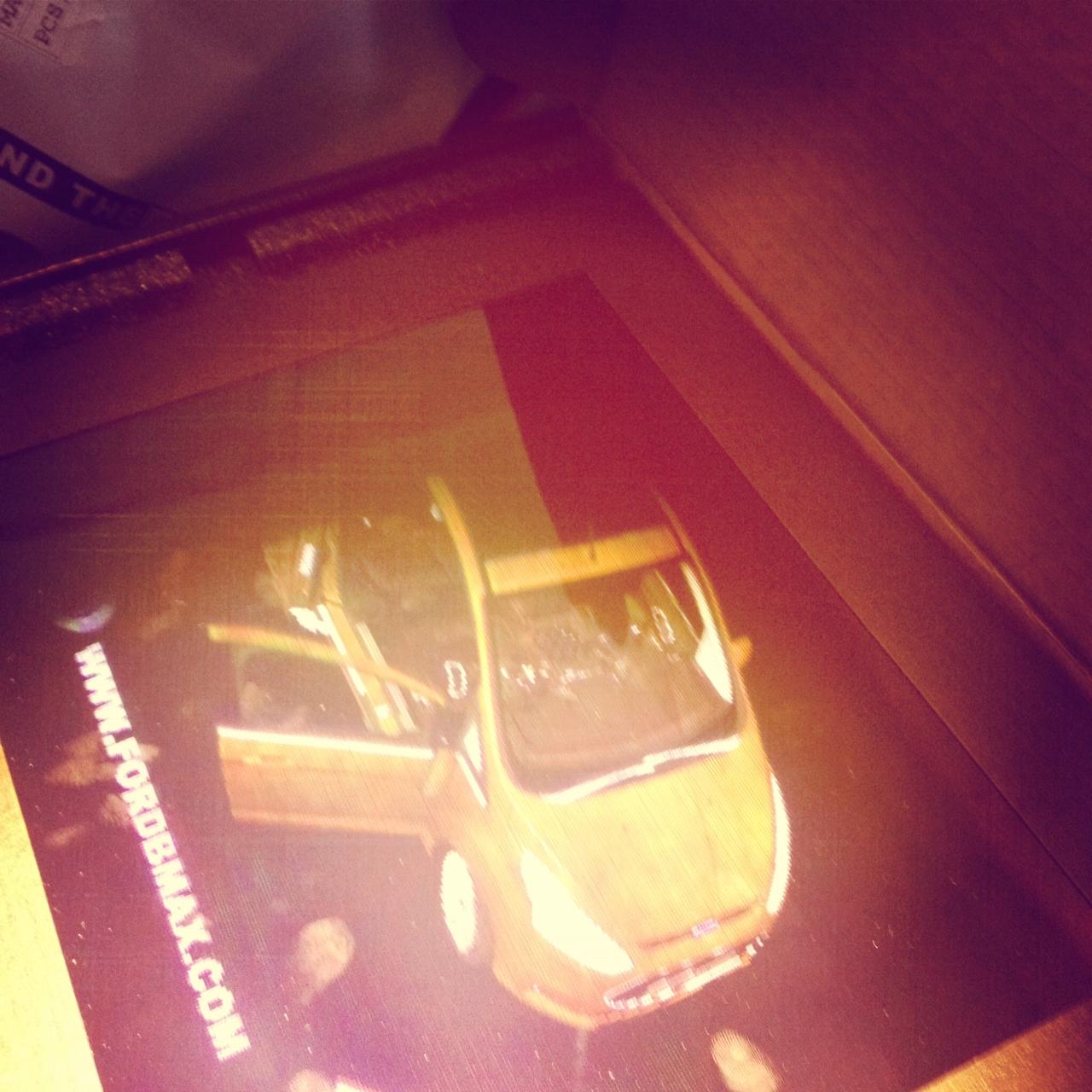 llllitl-ford-bmax-hologram-hologramme-digital-3D-peerindex-zebra-imaging