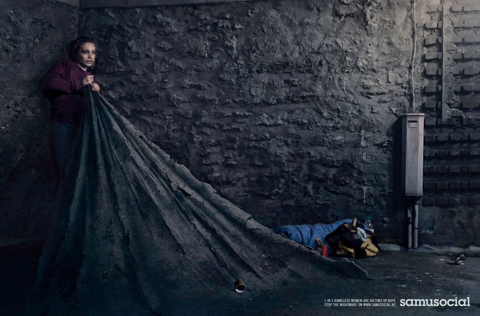llllitl-samu-social-rape-viol-femme-women-sans-abri-homeless-clochard-bum-publicité-print-advertising-publicis-conseil-paris-france-mai-2012