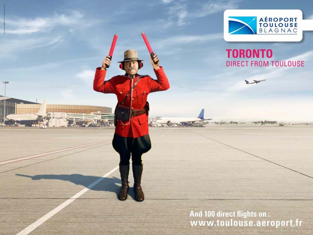 llllitl-aeroport-toulouse-blagnac-publicité-print-affichage-publicité-créative-transport-avion-seville-montreal-stewart-tarmac-agence-nouveau-monde-ddb
