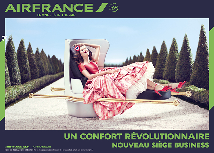 air-france-publicité-affiche-print-marketing-2014-france-is-in-the-air-paris-versailles-A380-new-york-sky-priority-brésil-dakar-agence-betc-2