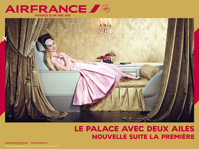 air-france-publicité-affiche-print-marketing-2014-france-is-in-the-air-paris-versailles-A380-new-york-sky-priority-brésil-dakar-agence-betc-3
