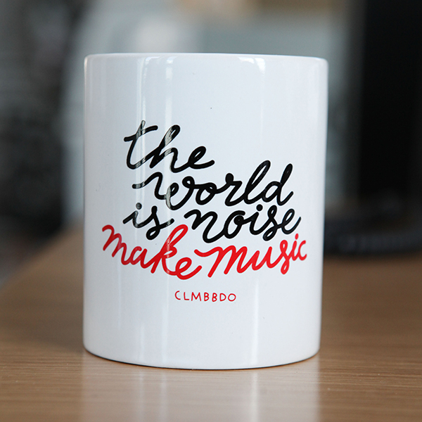 clm-bbdo-agence-publicité-the-world-is-noise-make-music-mug-bbdo-paris-boulogne-billancourt-52-avenue-emile-zola