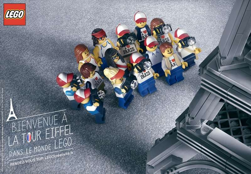 lego-publicité-marketing-paris-tour-eiffel-touristes-i-love-paris-miniature-photo-lego-creativite-agence-grey