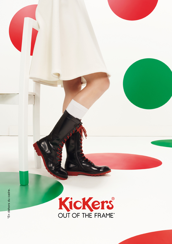 kickers-publicité-marketing-affiches-prints-rouge-vert-chaussures-homme-femme-enfant-out-of-the-frame-agence-la-chose-paris-5