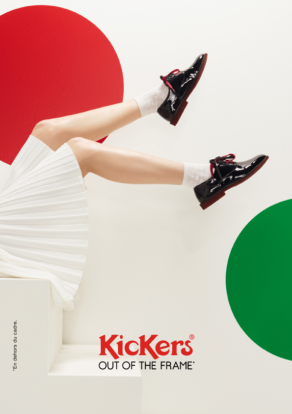 kickers-publicité-marketing-affiches-prints-rouge-vert-chaussures-homme-femme-enfant-out-of-the-frame-agence-la-chose-paris-6