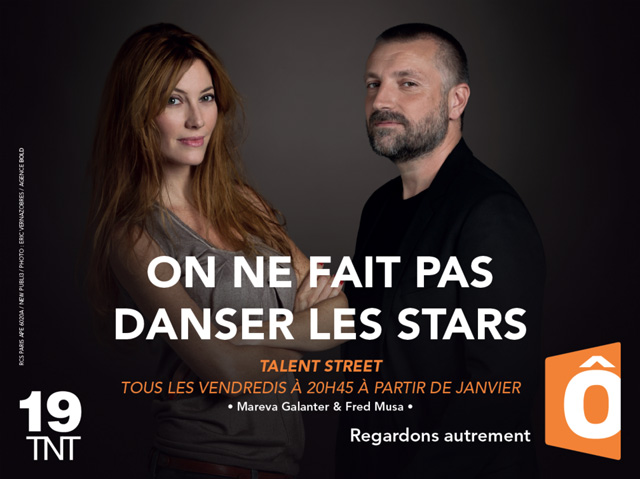 france-ô-publicite-marketing-affiches-television-tnt-chaine-19-animateurs-presentateurs-programme-tv-agence-regardons-autrement-bold-8