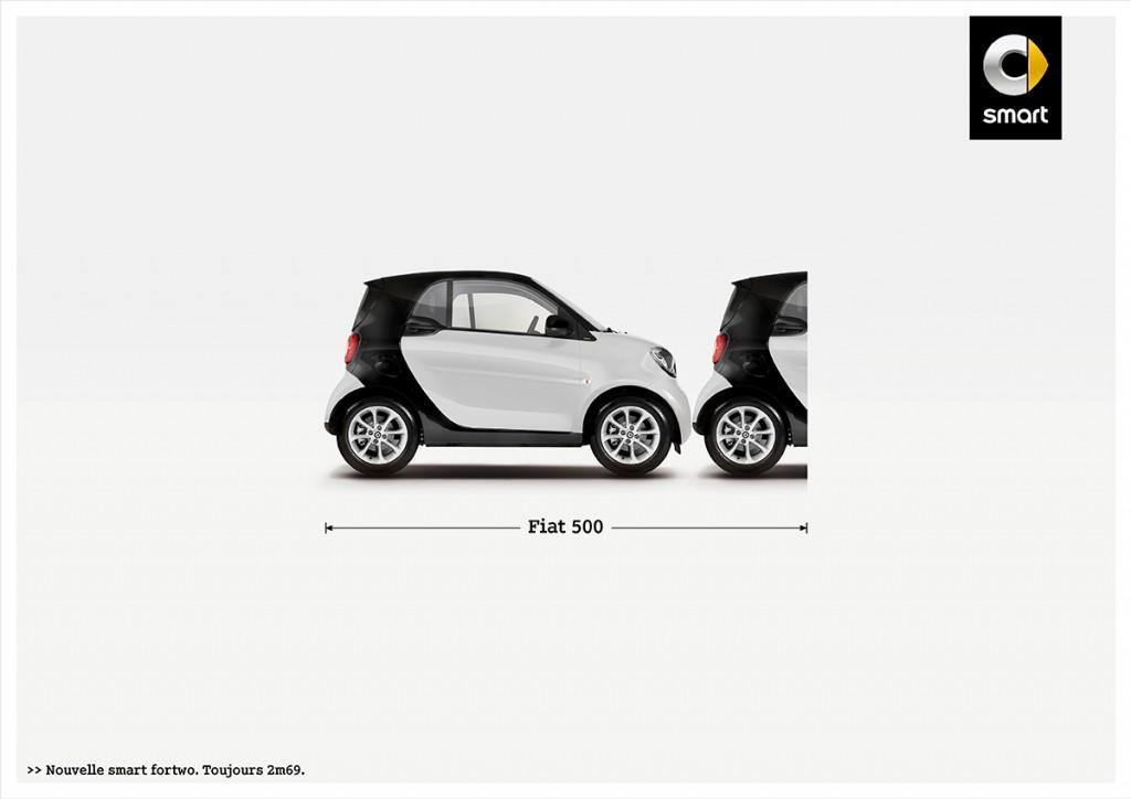 smart-fortwo-publicité-marketing-affiche-print-petite-voiture-publicité-comparative-taille-2m69-renault-volkswagen-toyota-fiat-agence-clm-bbdo-1