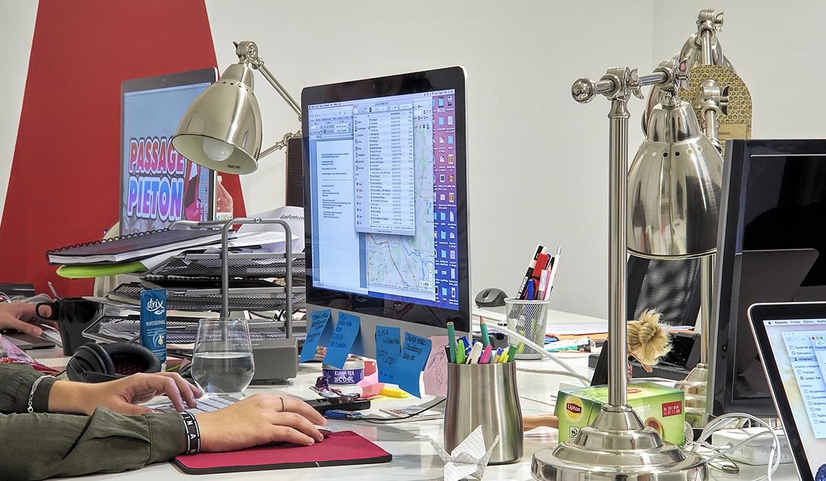 bureaux-agence-publicite-evenementiel-digital-les-pietons-jay-walker-paris-6