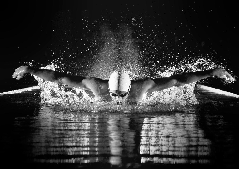lor-espresso-equipe-france-jeux-olympiques-2016-calendrier-avent-photo-nageur-natation-noir-blanc-2