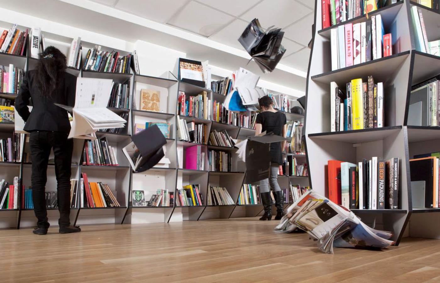 les-grots-mots-bureaux-agence-publicite-paris-51
