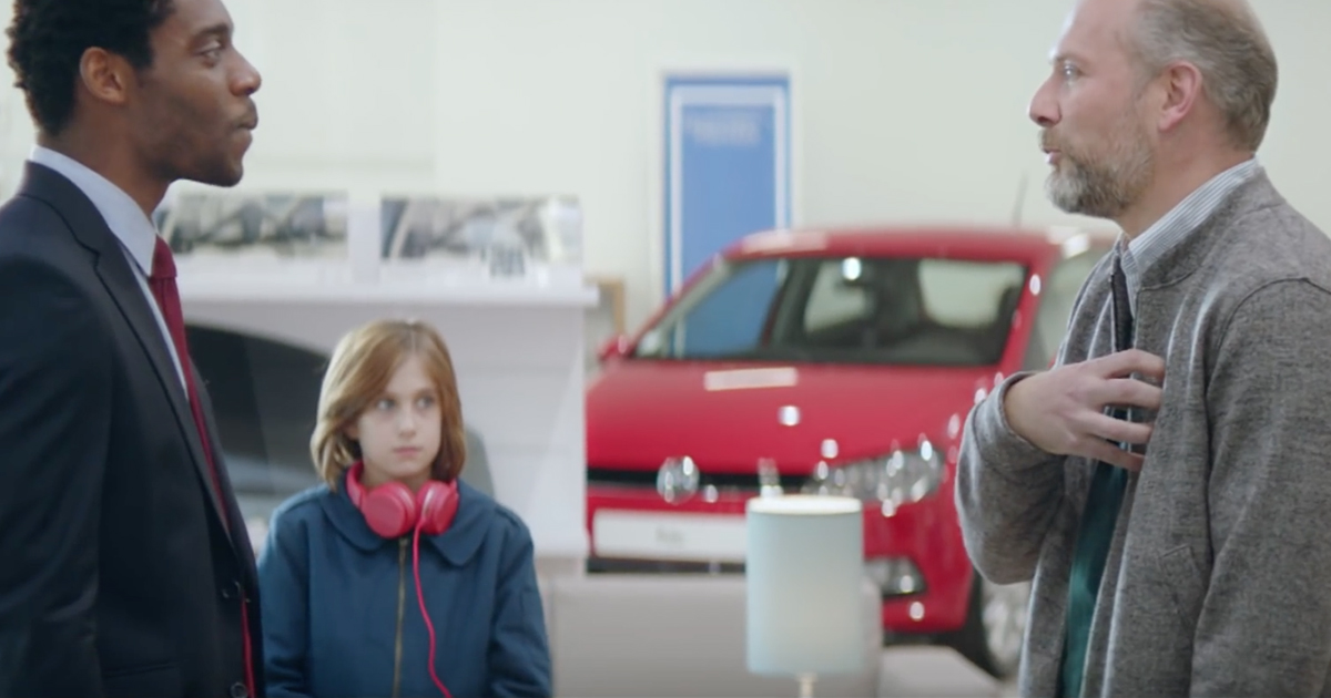 volkswagen-publicite-2016-papa-pere-mamie-vendeur-ddb-paris-2