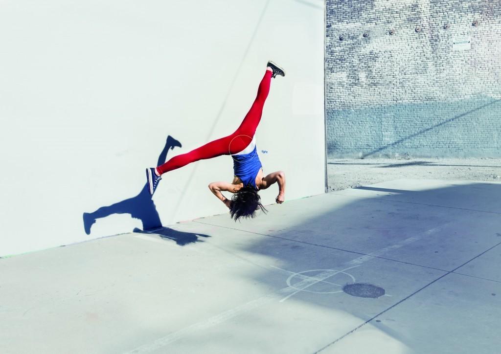 pepsi-breakdance-parkour-skateboard-ad-awards-grand-prix-print-outdoor-2016-logo-photo-3