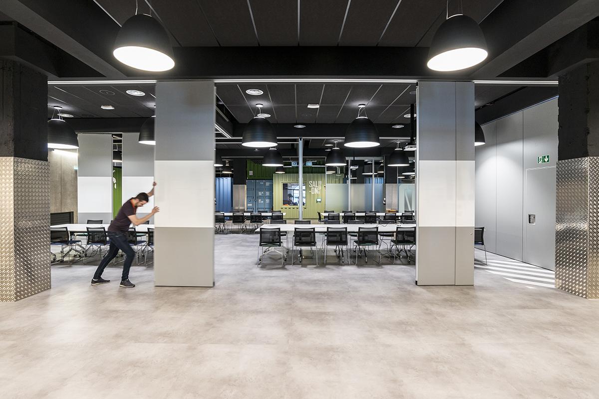 le-bon-coin-paris-bureaux-reception-industriel-office-design-colliers-international-6