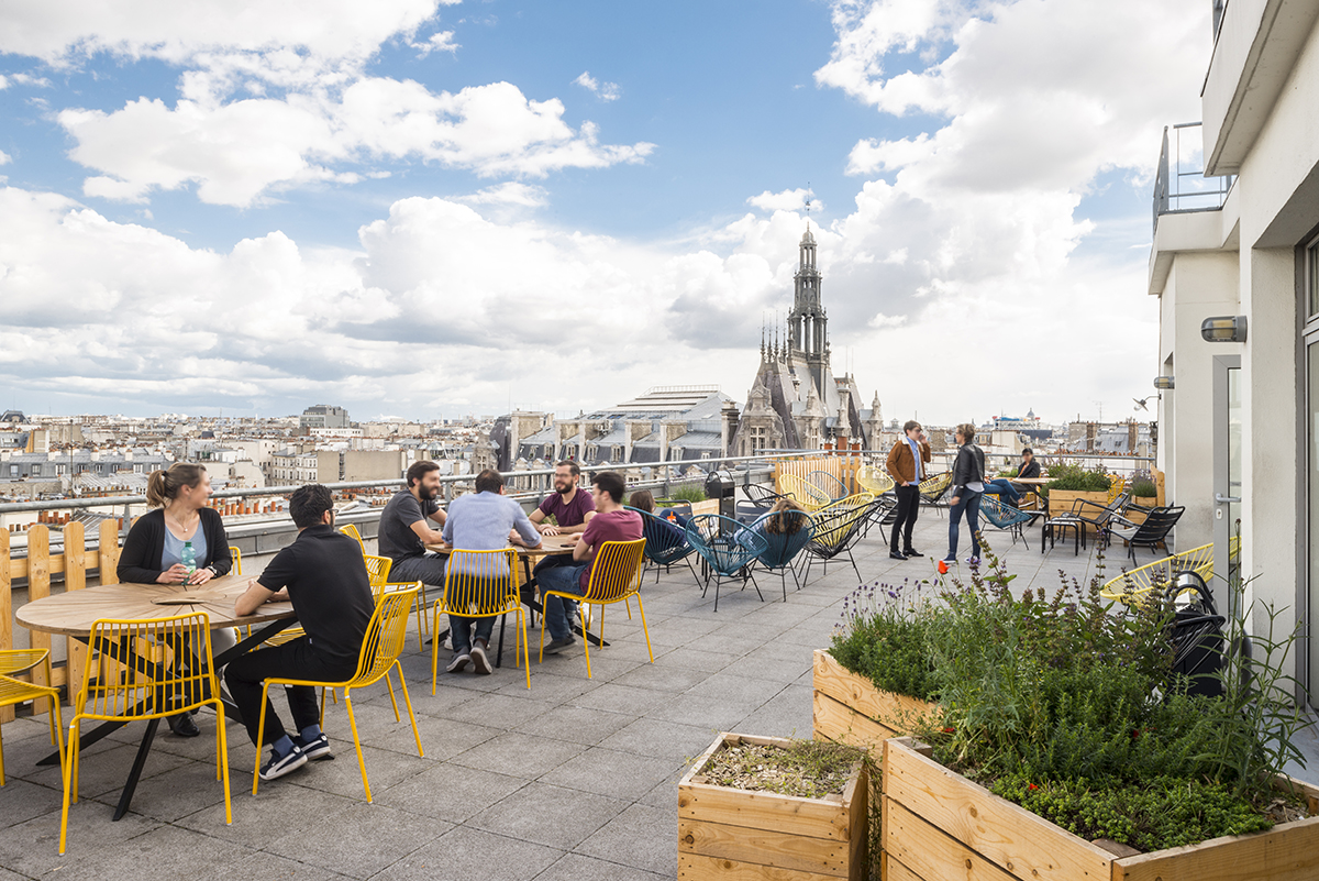 le-bon-coin-paris-bureaux-terrasse-rooftop-saint-martin-office-design-architecture-colliers-international-1
