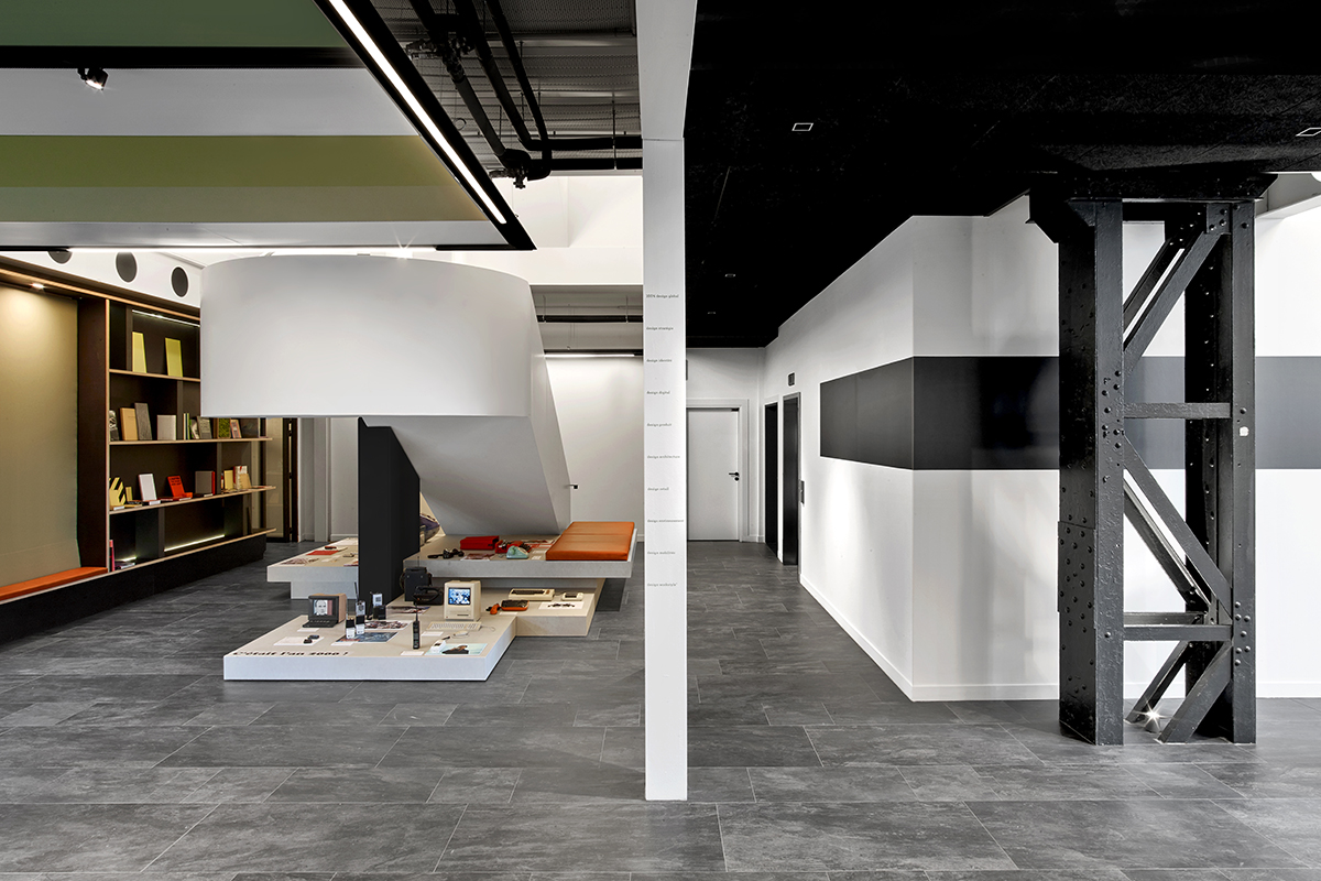 photos les somptueux bureaux de saguez partners llllitl. Black Bedroom Furniture Sets. Home Design Ideas