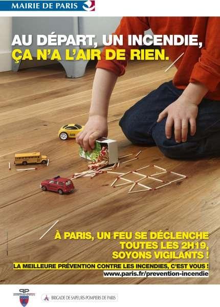 llllitl-mairie-de-paris-ville-capitale-publicité-incendies-feu-2h19-ligaris-mars-2012