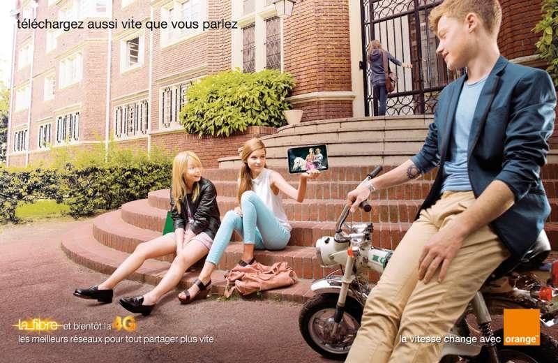 llllitl-orange-publicité-fibre-connexion-4G-rapidité-téléchargement-télécharger-télécom-publicis-conseil-juin-2012