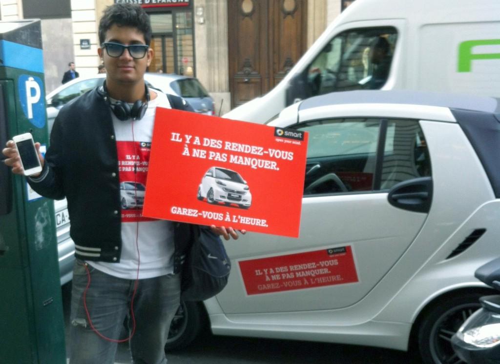 llllitl-smart-france-apple-store-iphone-5-sortie-21-septembre-2012-ambush-marketing-street-marketing-agence-clm-bbdo