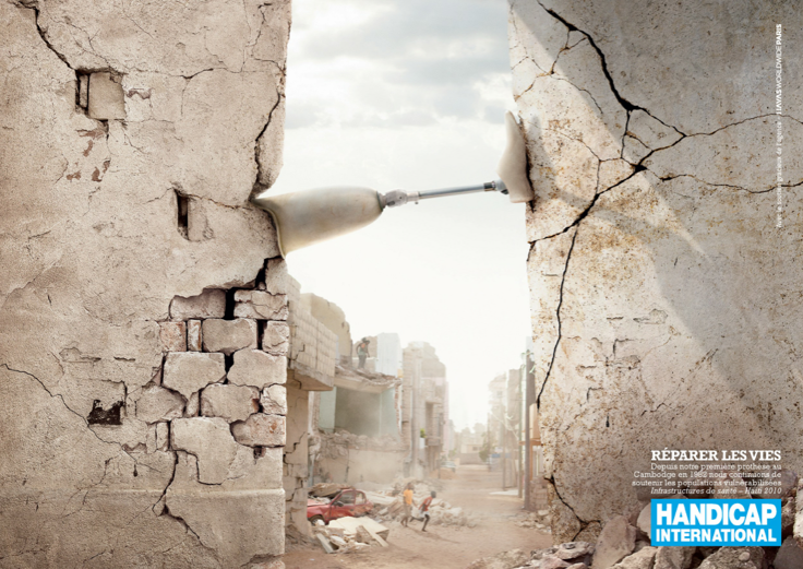 llllitl-handicap-international-publicité-print-advertising-commercial-seisme-tsunami-prothèse-jambe-mines-antipersonnelles-dons-humanitaire-agence-havas-worldwide-paris