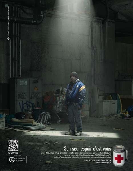 llllitl-croix-rouge-publicité-print-hiver-froid-aide-son-seul-espoir-c'est-vous-agence-6-1M-Fullsix