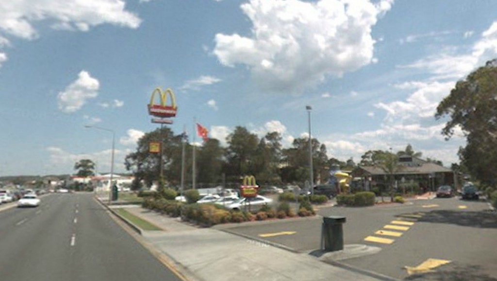 llllitl-mcdonalds-maccas-australie-australia-warilla-fast-food-revolution-innovation-restaurant-burgers-sidney-glenn-dwarte-katia-dwarte-franchise-3