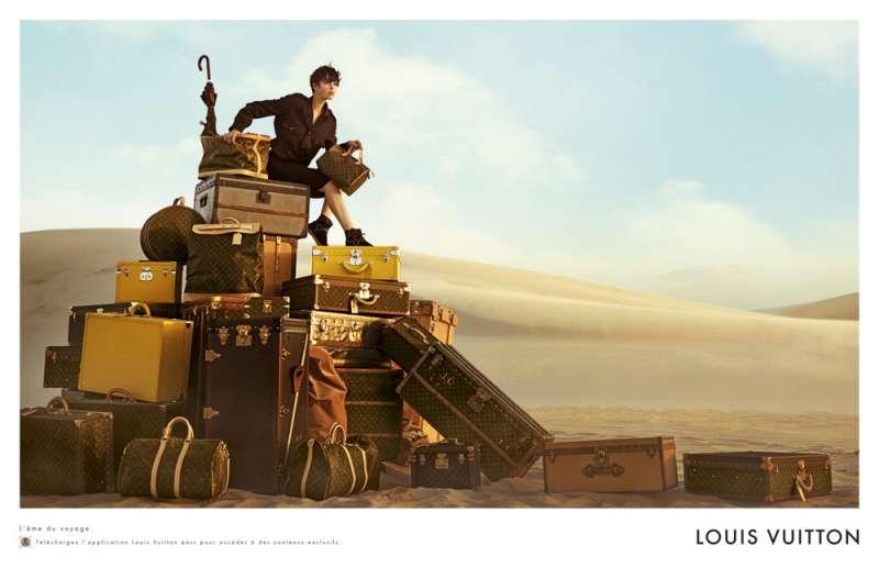 louis-vuitton-publicité-luxe-marketing-afrique-animaux-savane-safari-voyage-Edie-Campbell-Karen-Elson-Peter Lindbergh-4