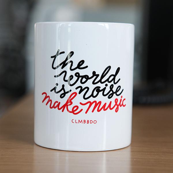 clm-bbdo-agence-publicité-the-world-is-noise-make-music-mug-bbdo-paris-boulogne-billancourt-52-avenue-emile-zola