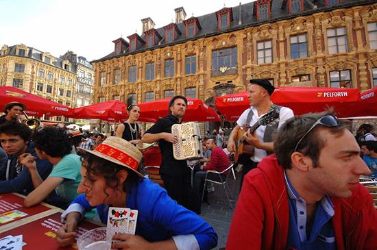 pelforth-guinguette-paris-tour-eiffel-mercredi-14-mai-2014-renan-luce-thierry-breton-chanson-occasion-dj-albert-swing-1