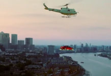 jaguar-xe-voiture-volante-londres-buzz-marketing-automobile-uk-2