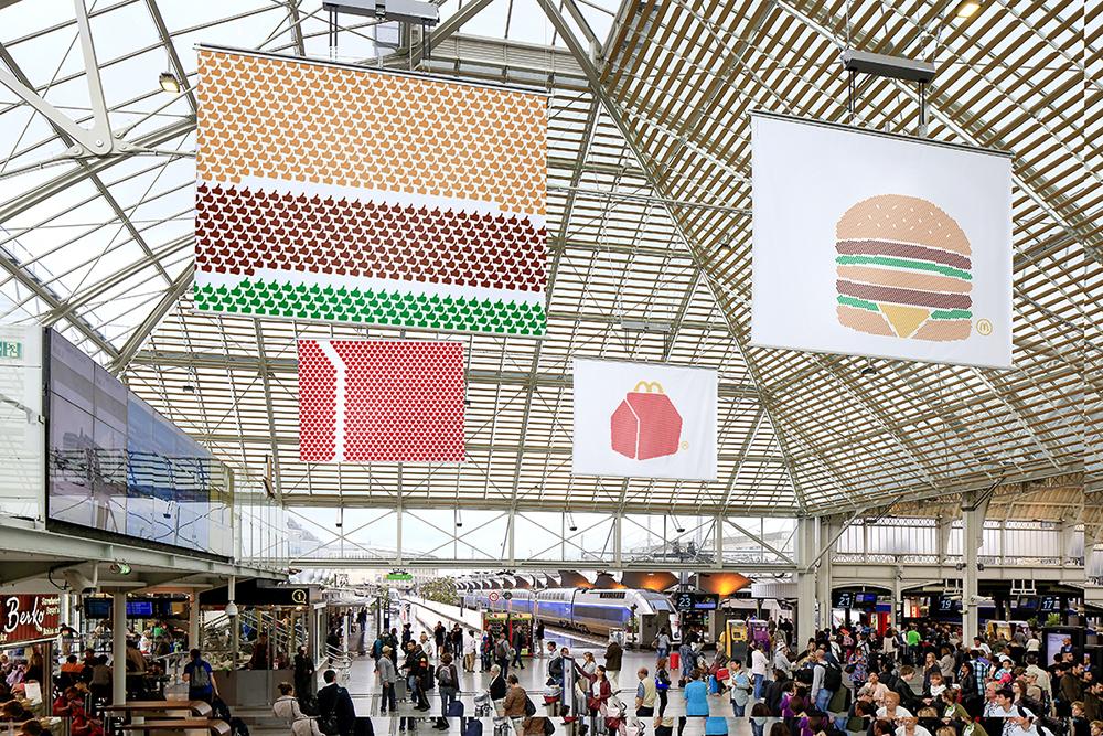 mcdonalds-publicité-marketing-affichage-print-pictogram-big-mac-happy-meal-frites-sundae-tbwa-paris-6