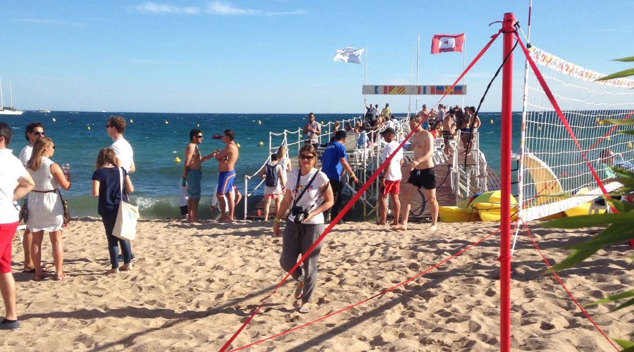 cannes-lions-2015-photos-google-cannes-google-beach-party-sun-sea-beach-volley