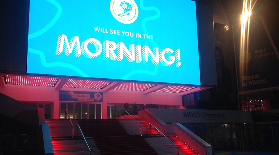 cannes-lions-2015-photos-palais-festival-marches-tapis-rouge-red-carpet-stairs-will-see-you-in-the-morning