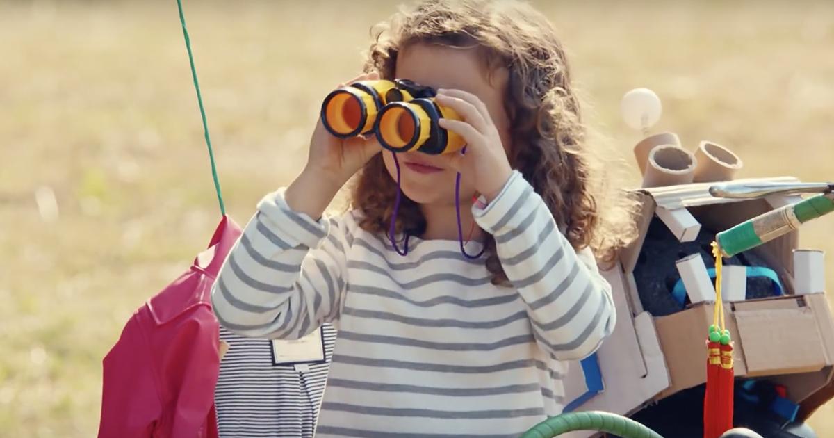 petit-bateau-vetements-enfants-publicite-marketing-mini-factory-usine-jouets-2015-agence-betc-3