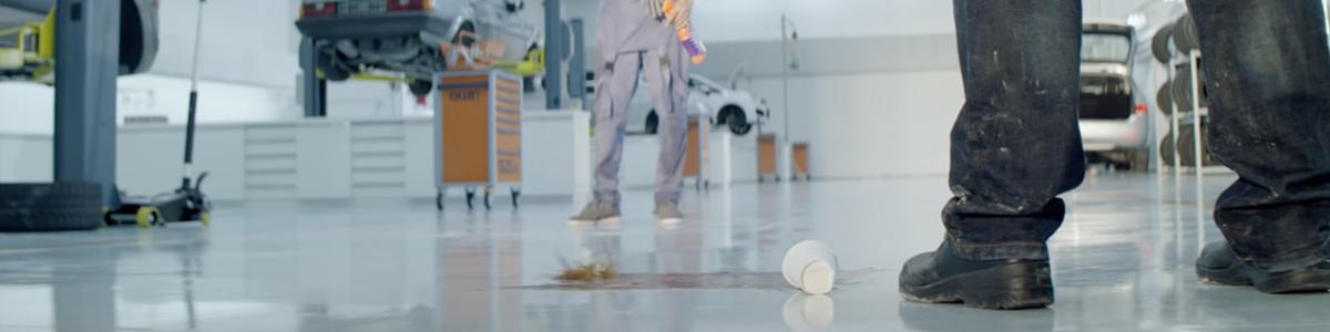 cillit-bang-publicite-garage-shes-a-maniac-flashdance-commercial-daniel-cloud-campos-betc-paris-2016-2