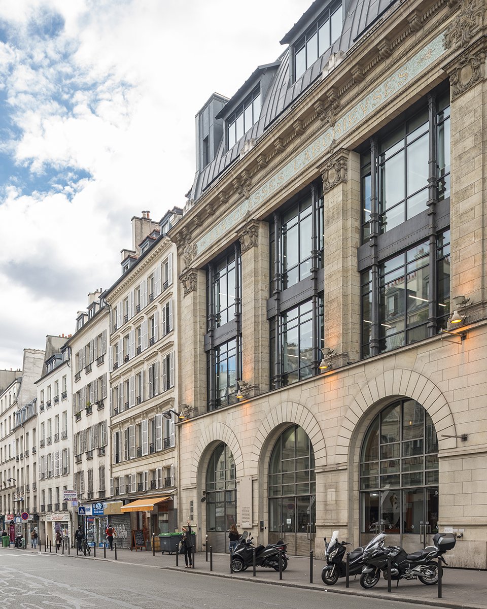 rue-du-faubourg-saint-martin-paris-75010-aux-classes-laborieuses-le-bon-coin-paris-bureaux-office-colliers-international